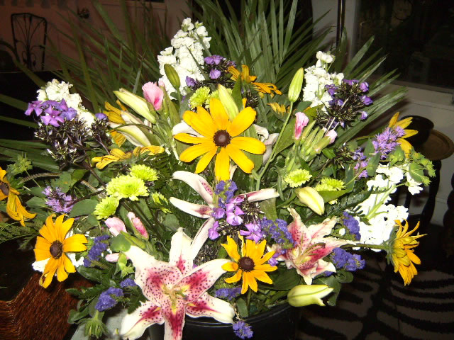 Mixed Cut Arrangement - $35